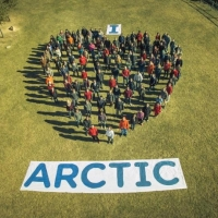 Greenpeace Spain create a I Love Arctic human banner in Catalonia 