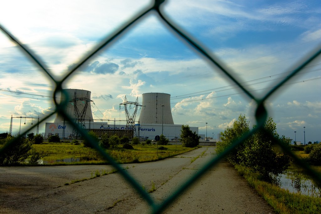 CENTRALE-NUCLEARE