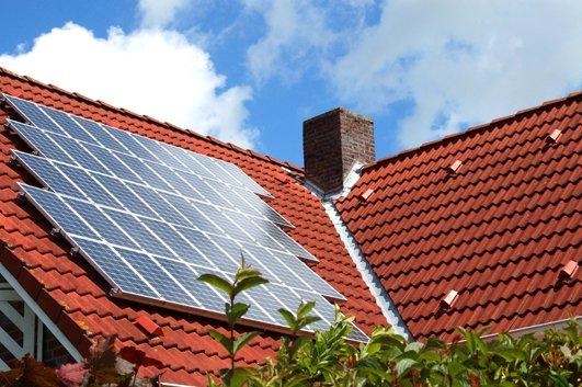 fotovoltaico-Ota-Giappone-panneli-solari-sul-tetto