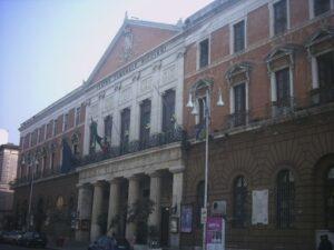 Bari_teatro_piccinni (foto podollo)