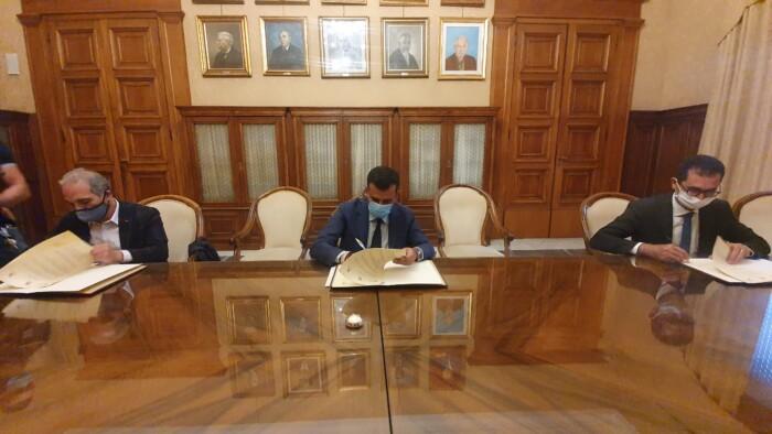 firma protocollo comune regione politecnico