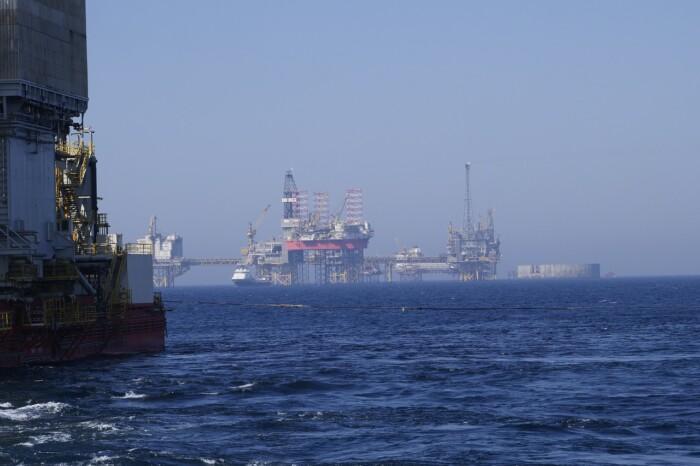 piattaforma petrolio_fotowasi1370_pixabay
