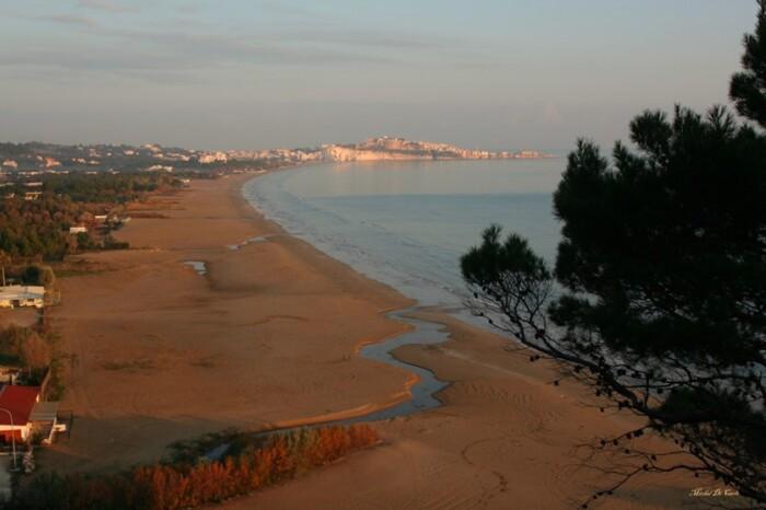 paesaggio costiero gargano (foto michele di carlo)
