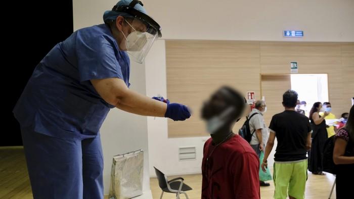 vaccinazioni soggetti fragili della città di Bari - oggi in corso alla Casa delle culture