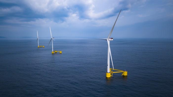 Un parco eolico marino galleggiante all'estero (credits 'PrinciplePower Hooku')